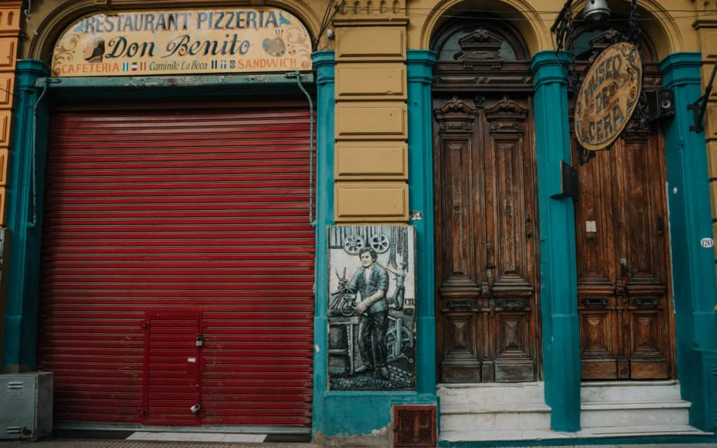 la-boca kolorowa ściana co zobaczyć w Buenos Aires