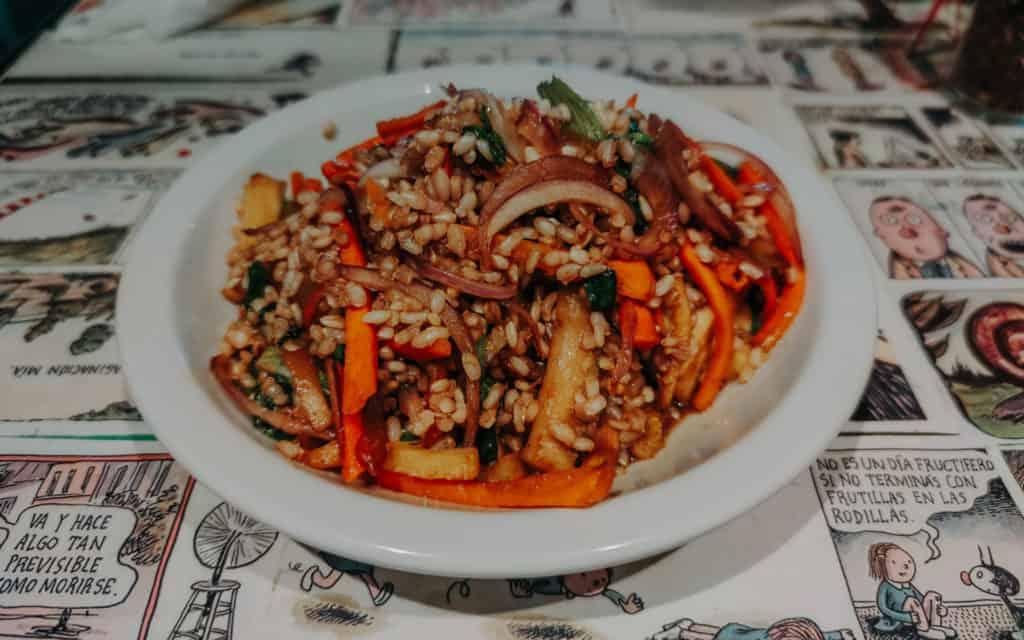 potrawa z ryżu Buenos