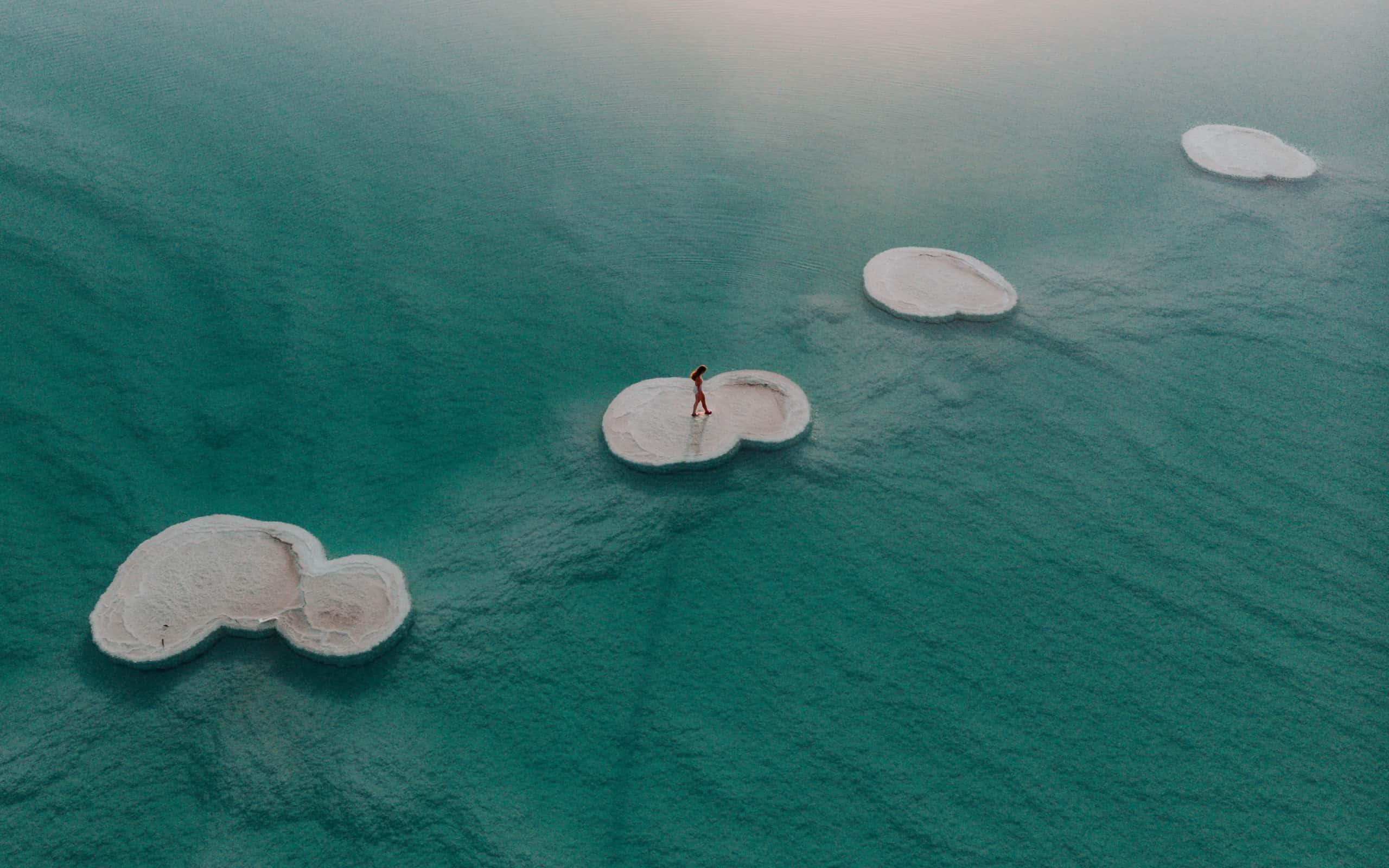solne wysepki Morze Martwe Izrael