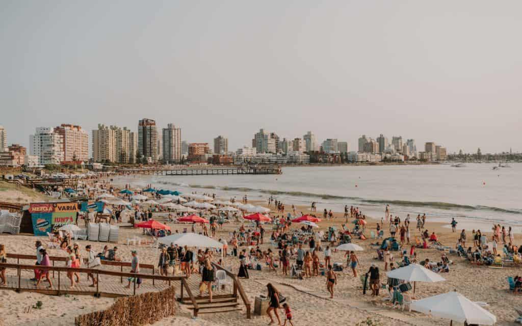 plaża w Punta del Este ciekawe miejsca w Urugwaju