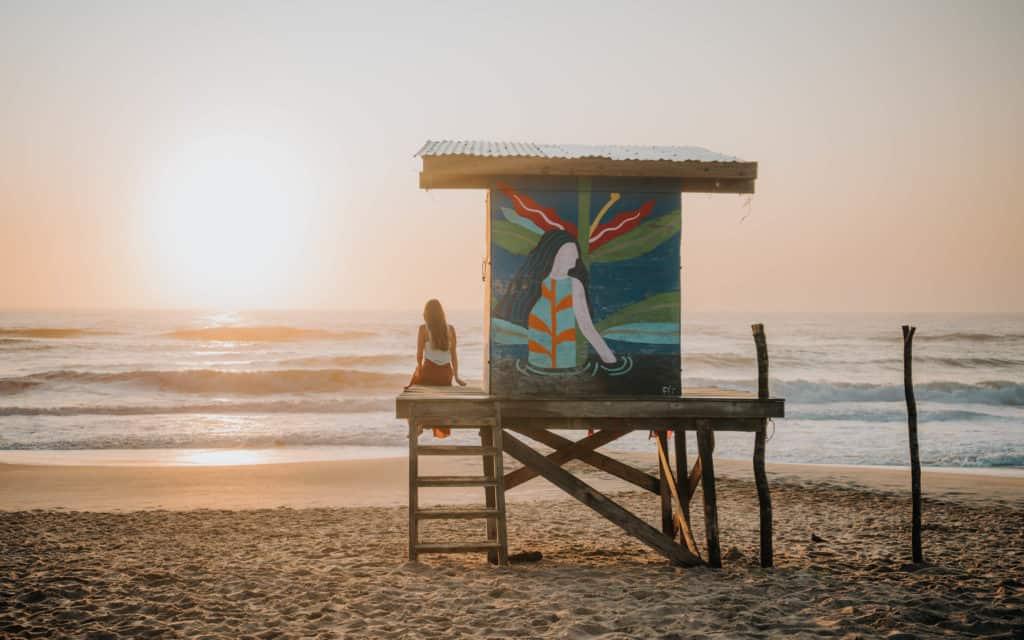 wschód słońca na plaży Punta Rubia La Pedrera Urugwaj