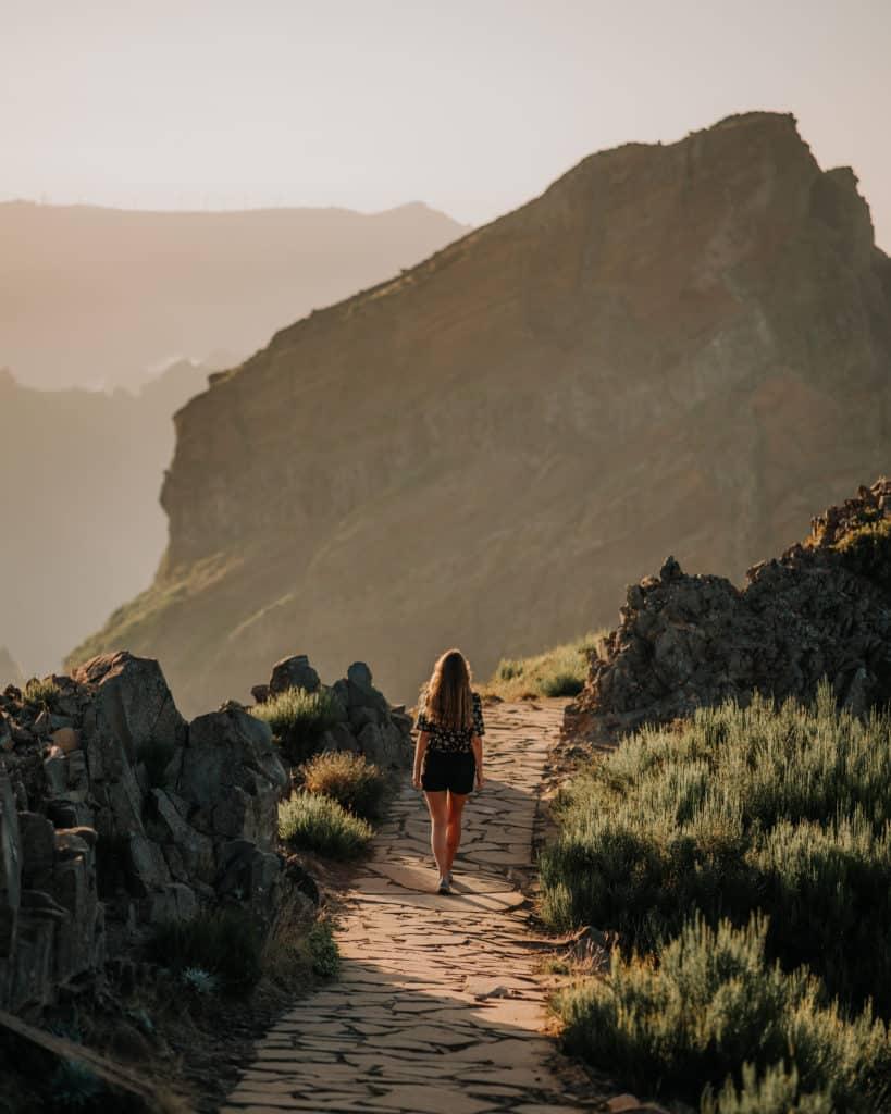 Madera najlepsze szlaki vereda do areeiro zachód słońca
