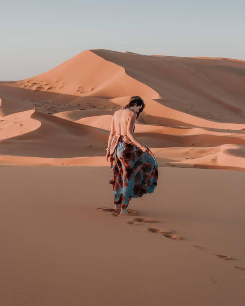 zachód słońca erg chebbi wydmy sahara