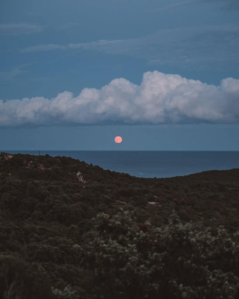 sardinia moonrise