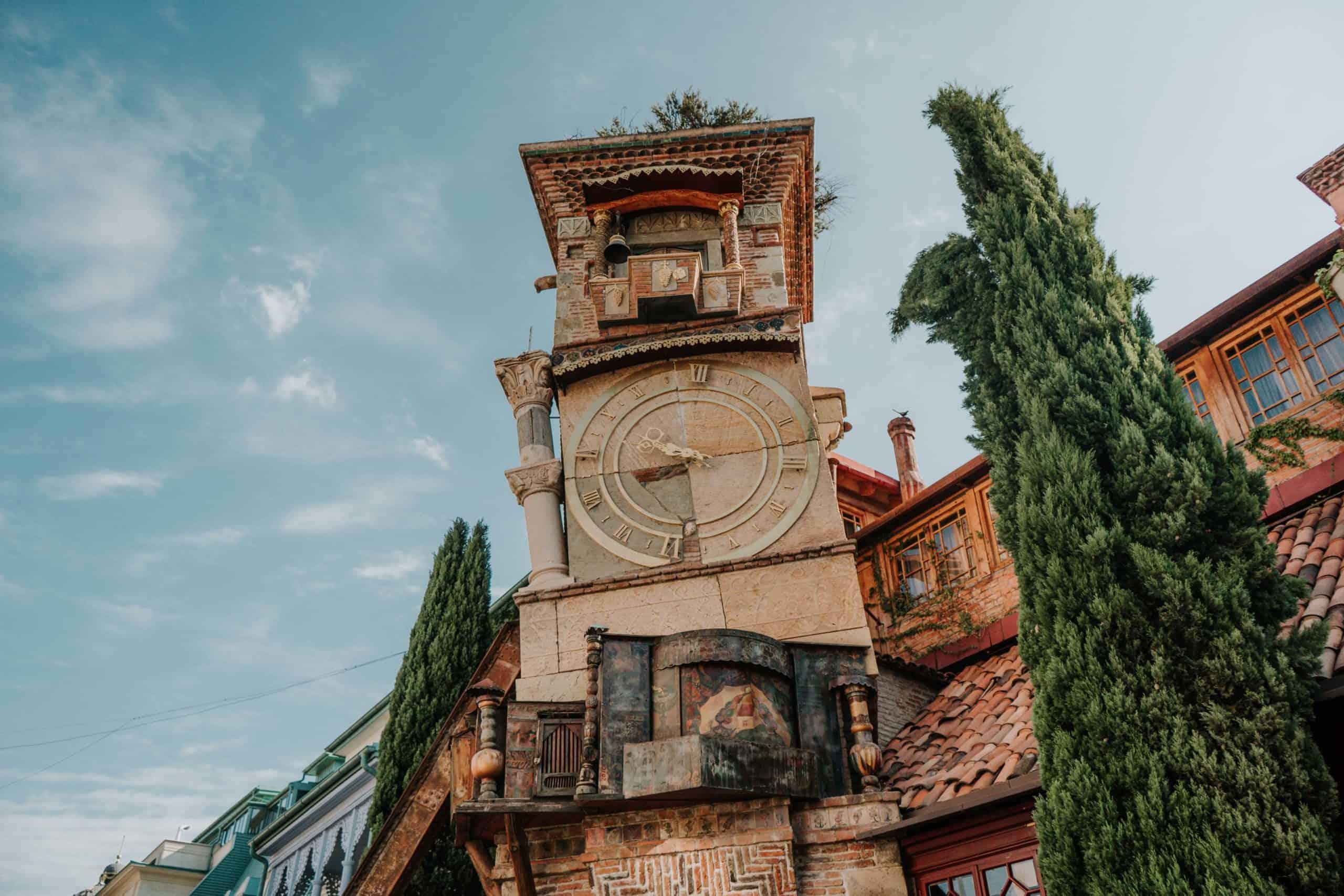wieża zegarowa tbilisi przewodnik