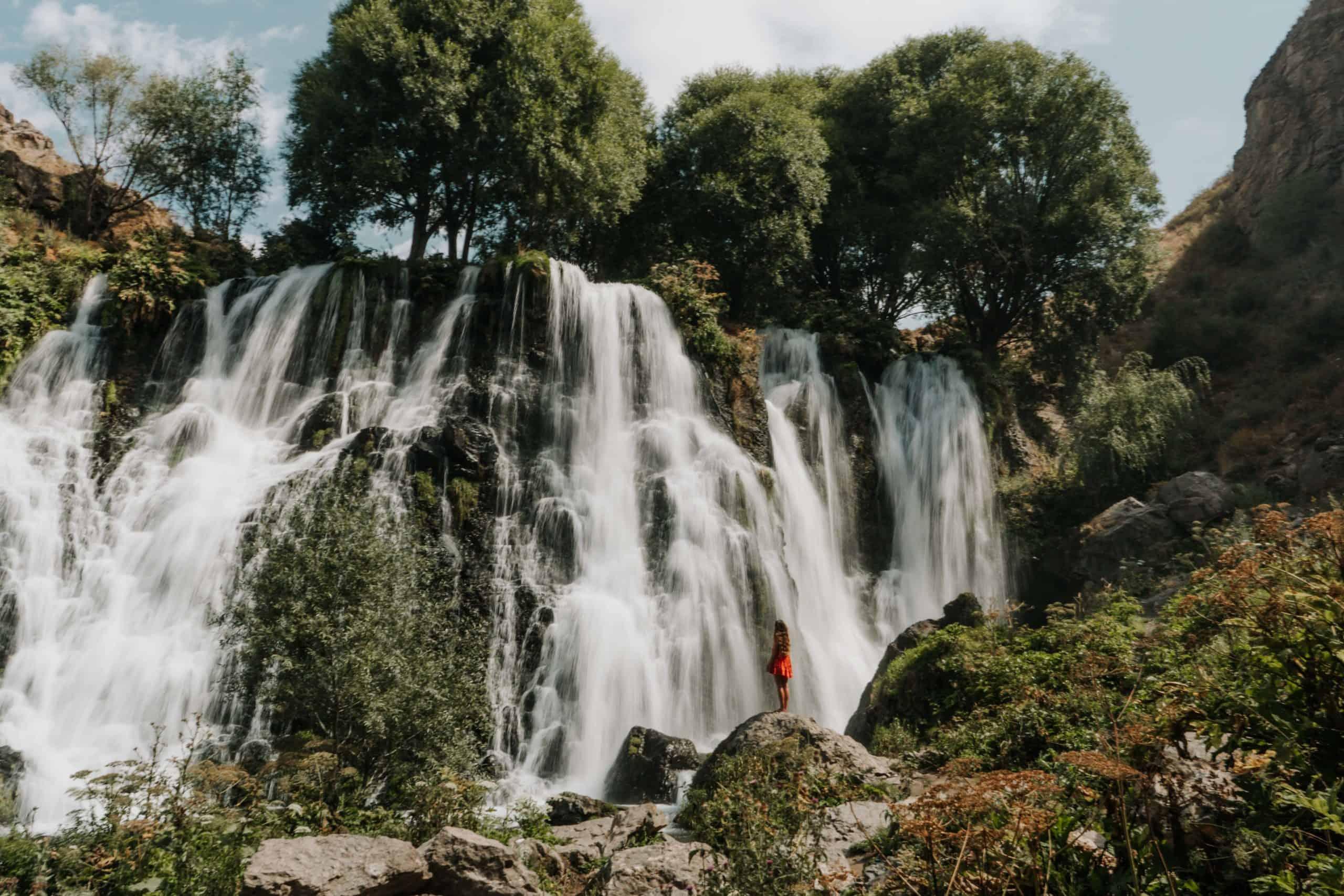 wodospad shaki co zobaczyć w armenii