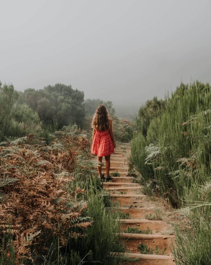 dziewczyna vereda do fanal madera szlaki