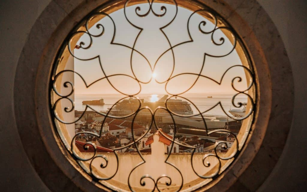 najlepsze punkty widokowe w lizbonie santa luzia