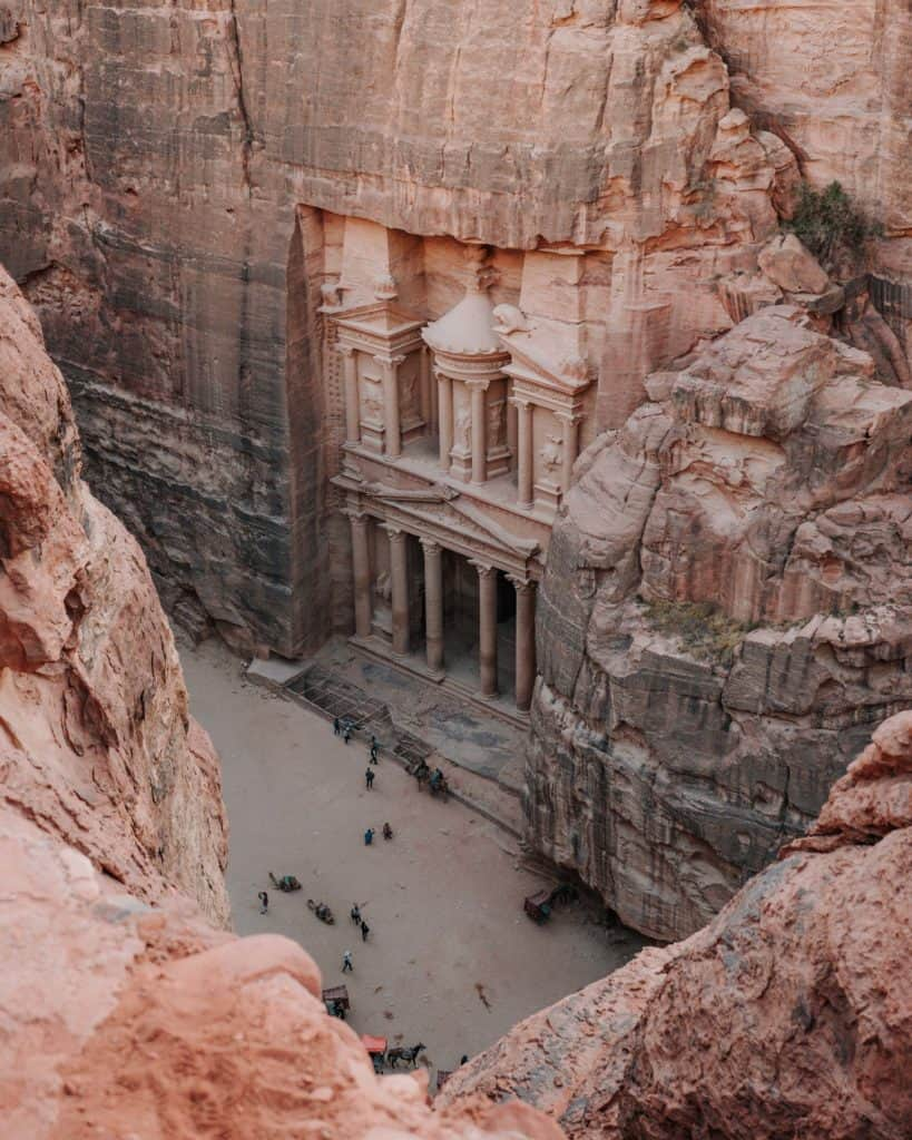 widok na skarbiec z góry highest place of sacrifice jordania