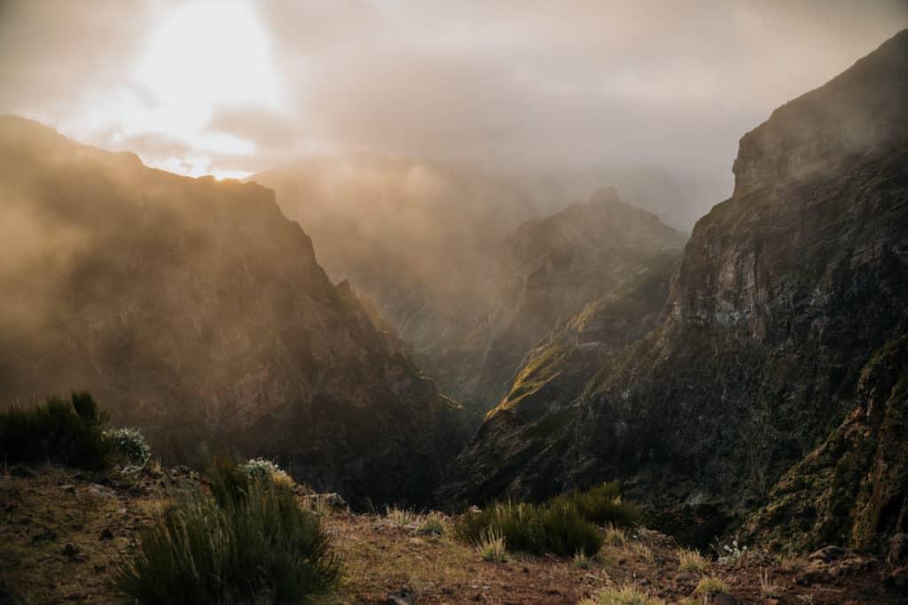 pico do arieiro zachód słońca madera