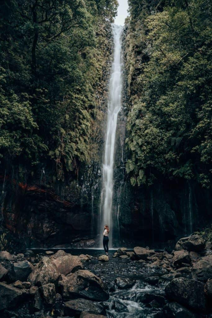 zdjęcie wodospadu madera aparat sony a7III