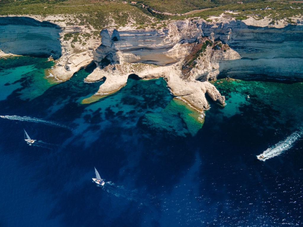 Plage des Trois Pointes Bonifacio najlepsze plaże na Korsyce