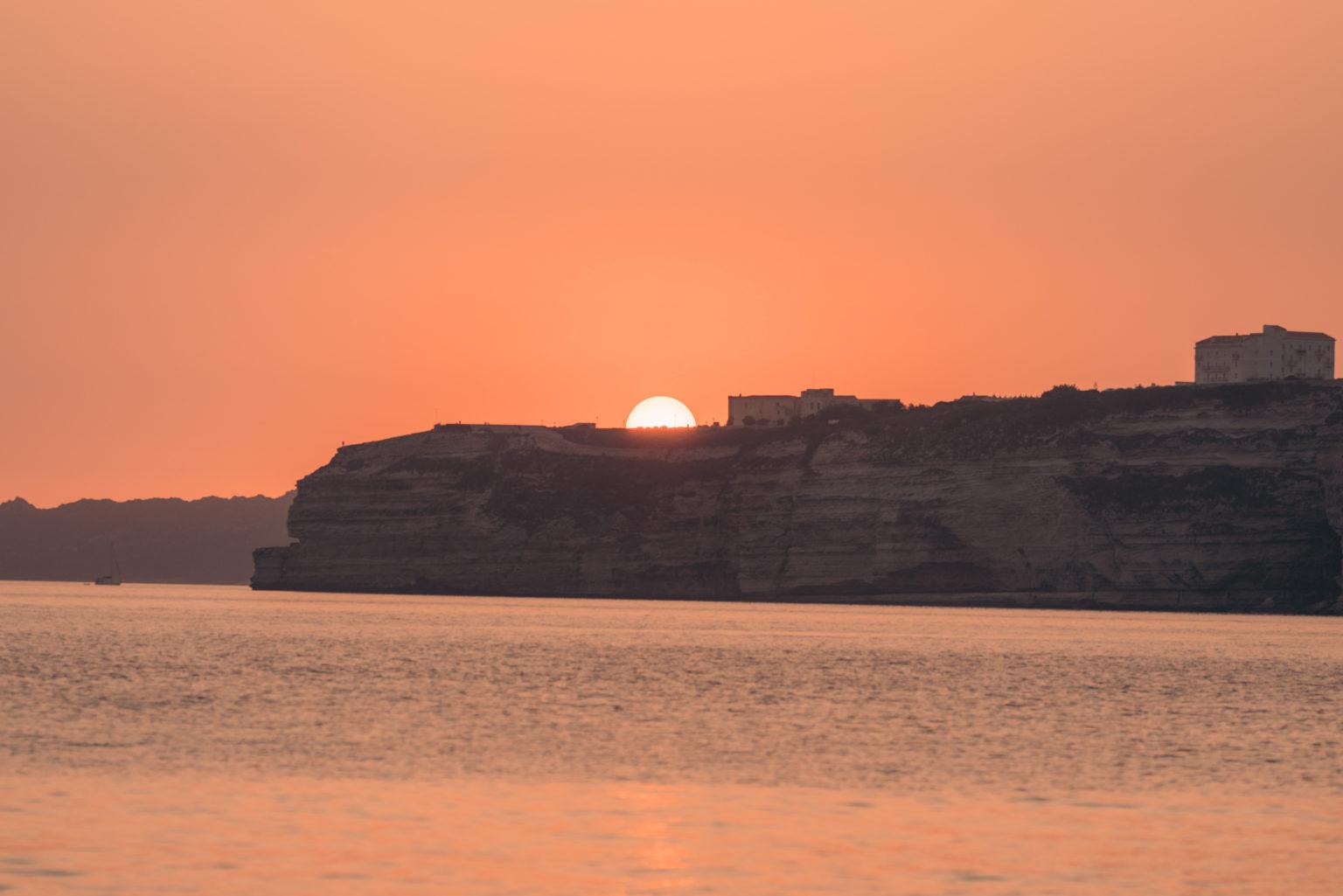 zachód słońca plaże koło Bonifacio Korsyka przewodnik
