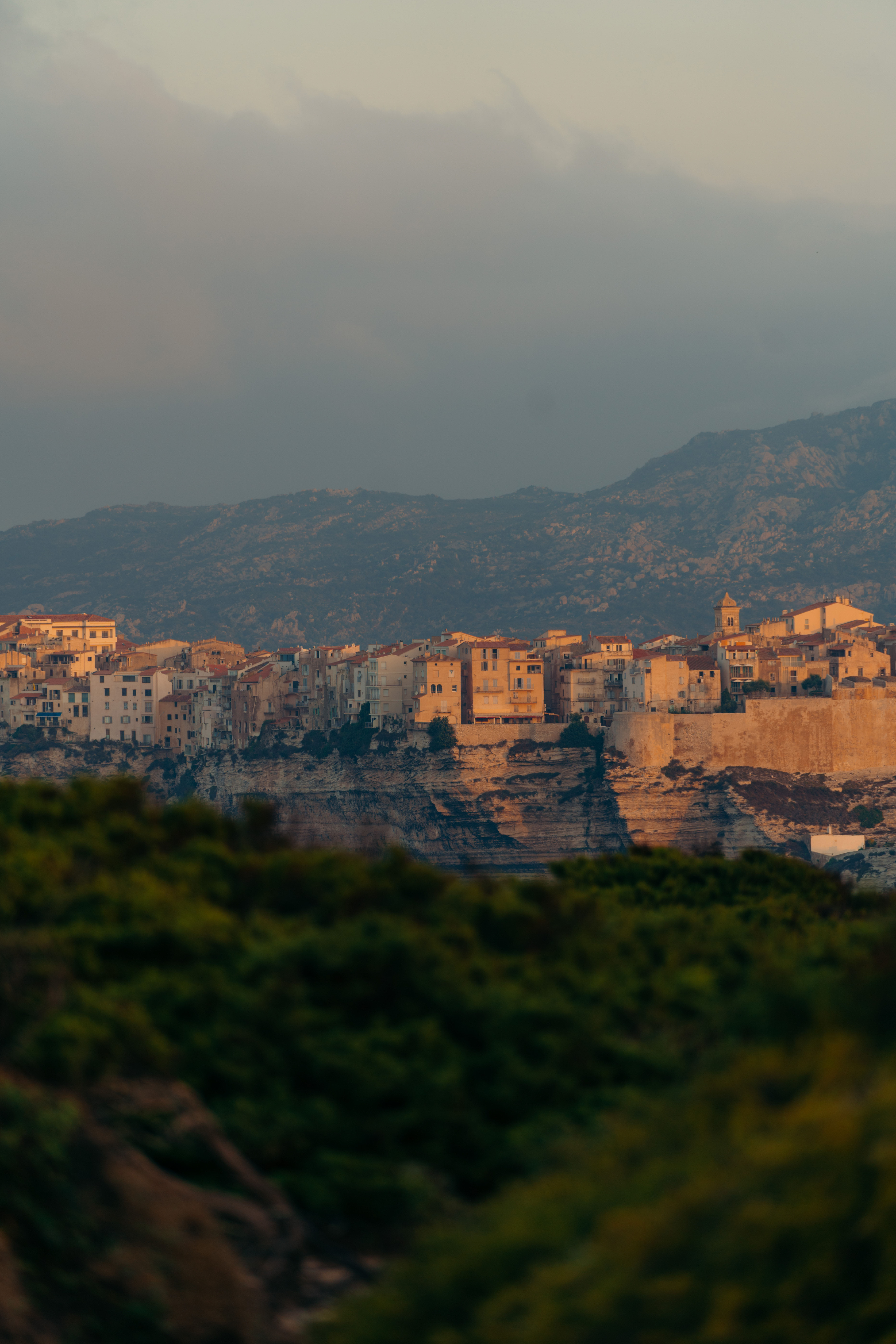 bonifacio najpiękniejsze miasto korsyki korsyka przewodnik co zobaczyć