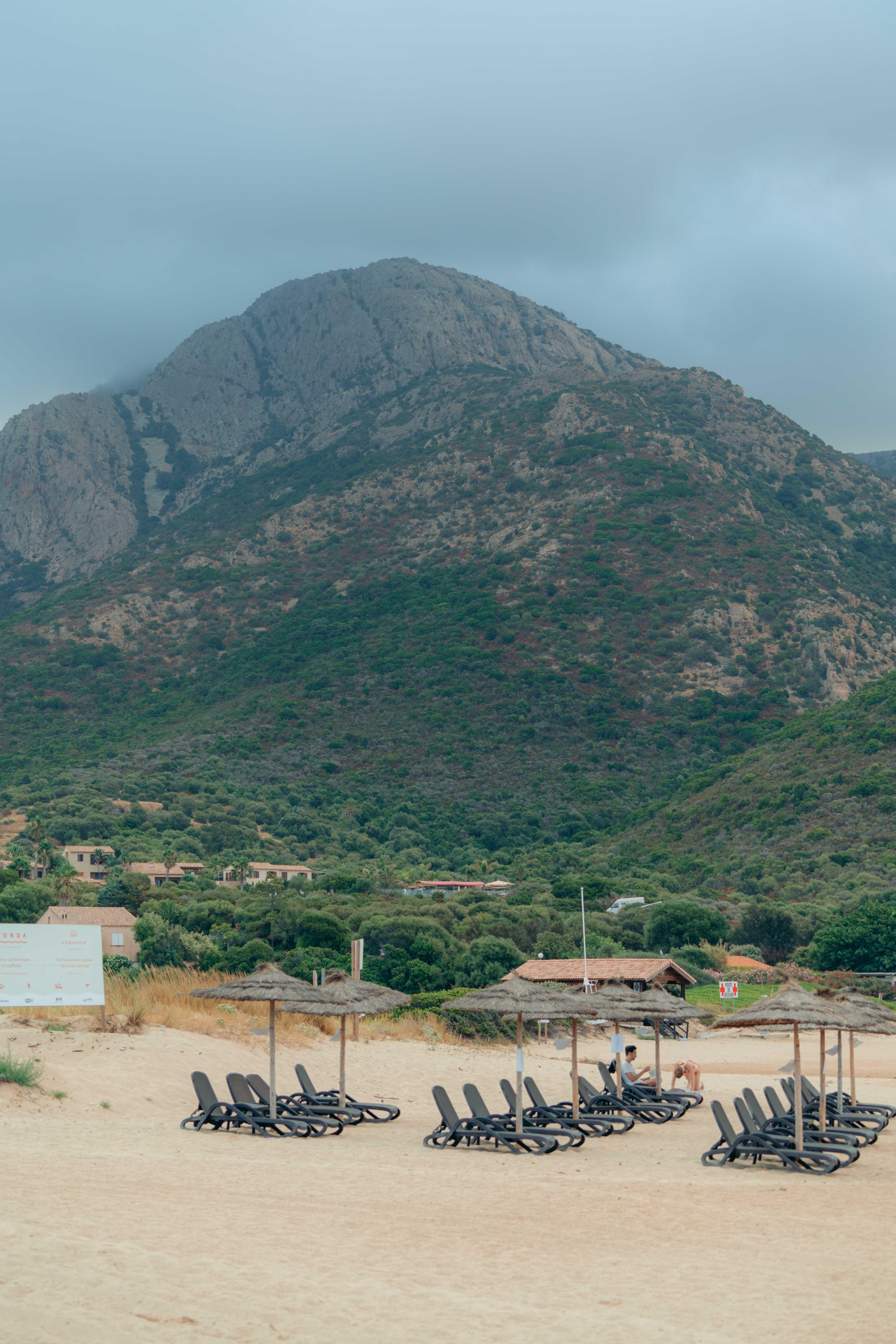 Plage d'arone piana korsyka najlepsze plaże na korsyce